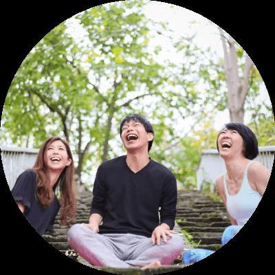 幸せになる秘訣、日常的生活でのヨガ「カルマヨガ」の学びと実践|ヨガ・シャラインストラクター養成講座