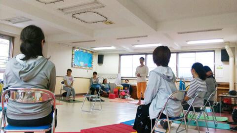幼稚園でママヨガ|ヨガの種プロジェクト